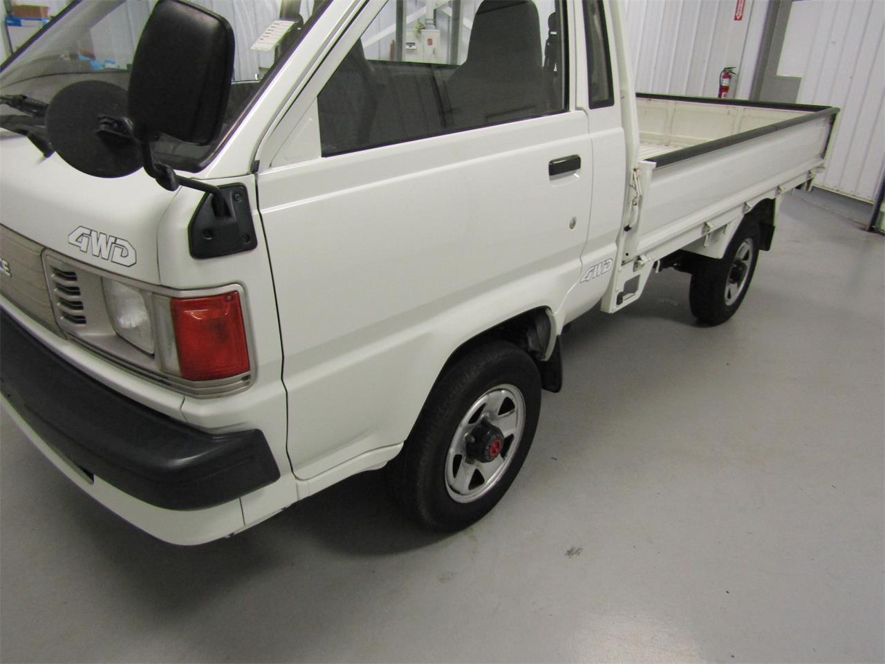 Large Picture of 1989 Toyota TownAce located in Christiansburg Virginia - $8,999.00 Offered by Duncan Imports & Classic Cars - JZ39