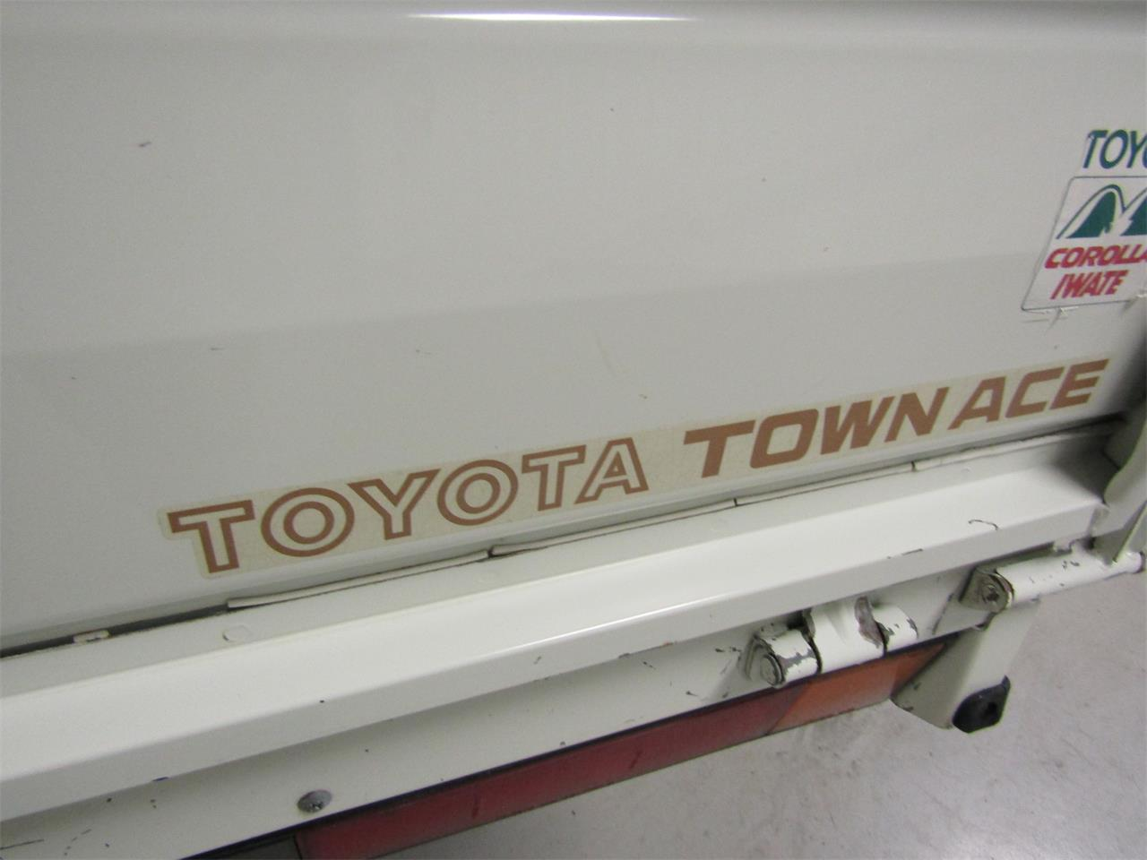 Large Picture of 1989 TownAce Offered by Duncan Imports & Classic Cars - JZ39