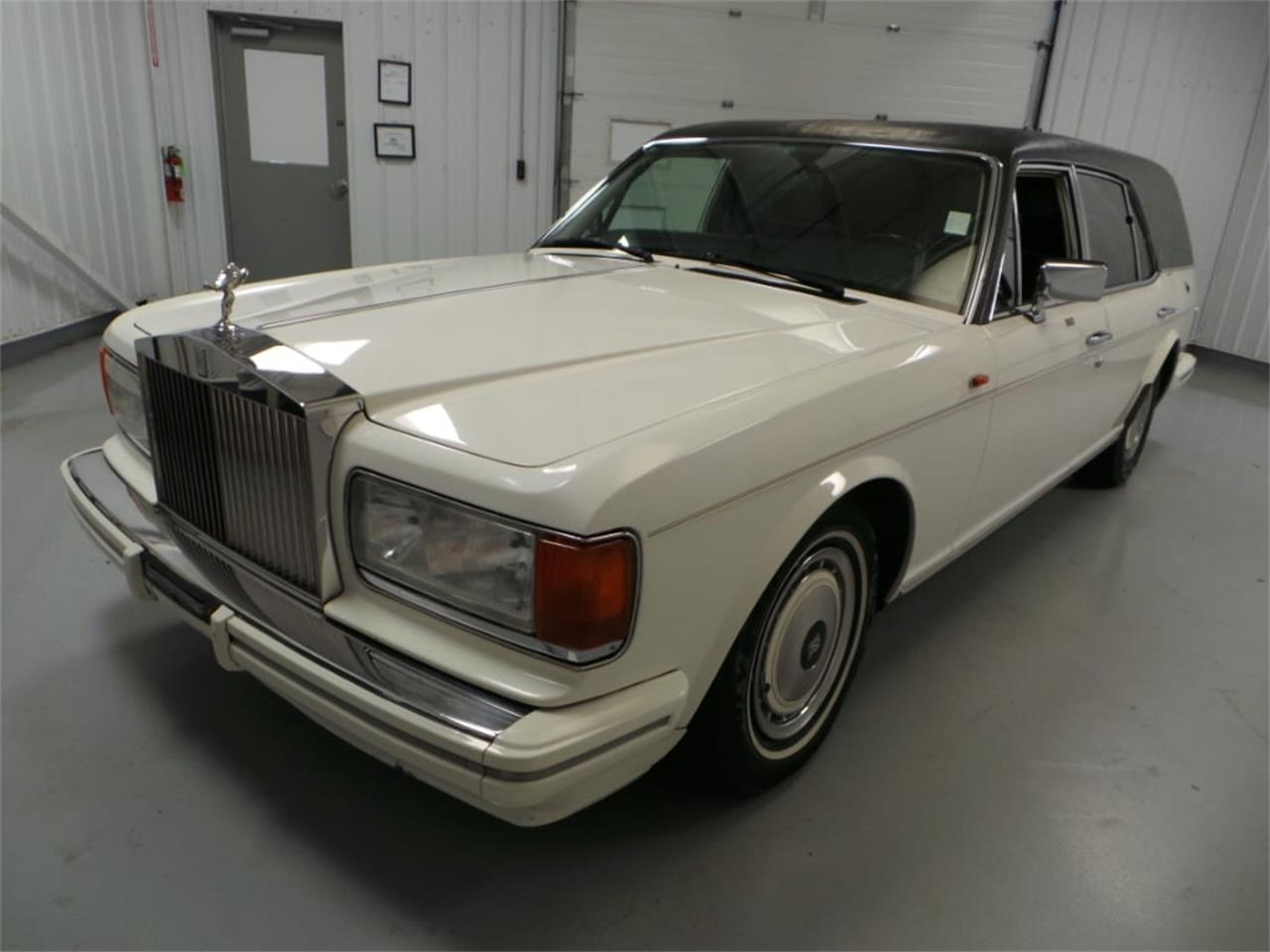 Large Picture of 1991 Rolls-Royce Silver Spur located in Christiansburg Virginia Offered by Duncan Imports & Classic Cars - JZ3R