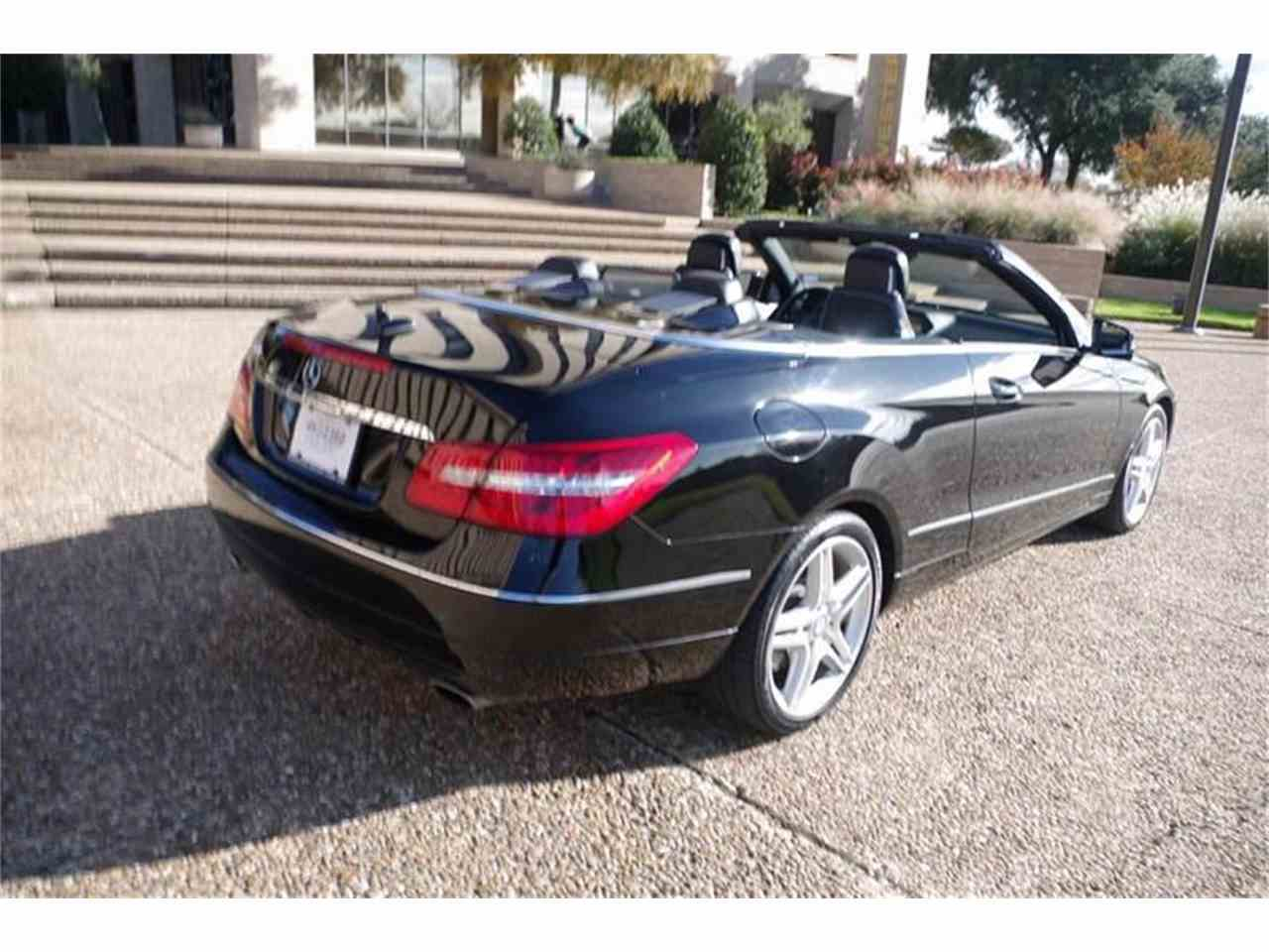 Large Picture of '11 Mercedes-Benz E-Class located in Fort Worth Texas - JXT6