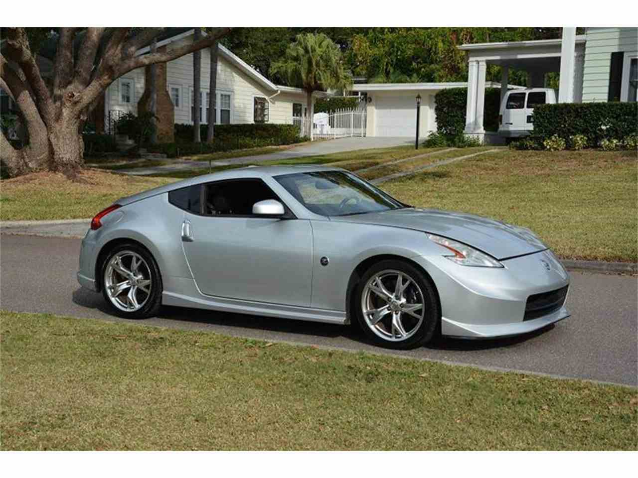 Large Picture of 2009 370Z located in Clearwater Florida - $12,900.00 Offered by PJ's Auto World - JZUJ