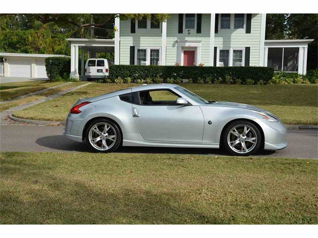Large Picture of '09 Nissan 370Z located in Clearwater Florida - JZUJ