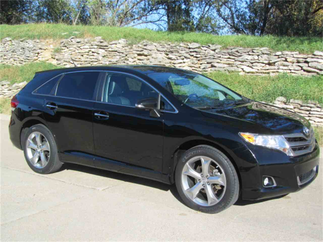 Large Picture of '14 Venza - K018