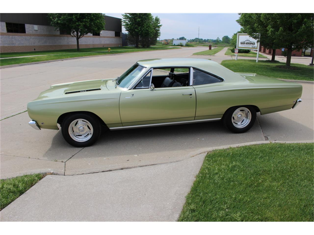 Large Picture of Classic '68 Road Runner - $29,900.00 - K01F