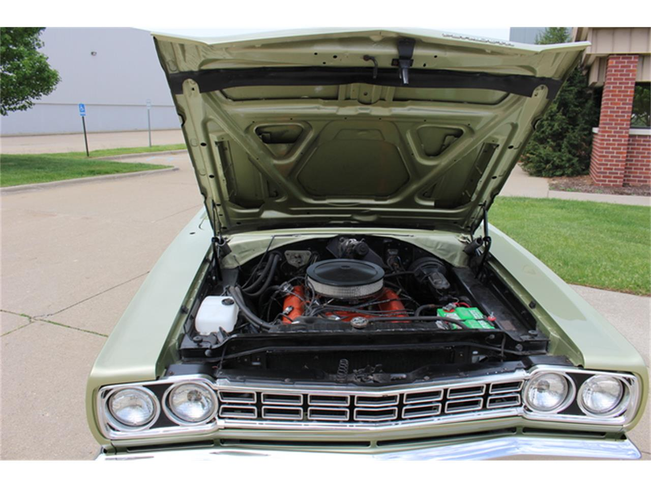 Large Picture of Classic 1968 Road Runner located in Fort Myers/ Macomb, MI Florida Offered by More Muscle Cars - K01F