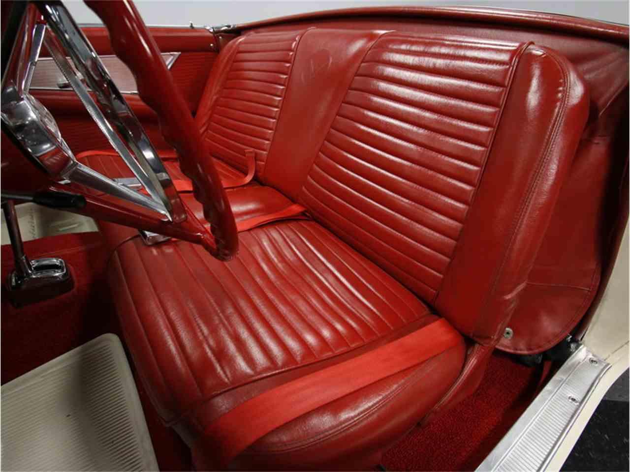 Large Picture of '57 Thunderbird - K09V