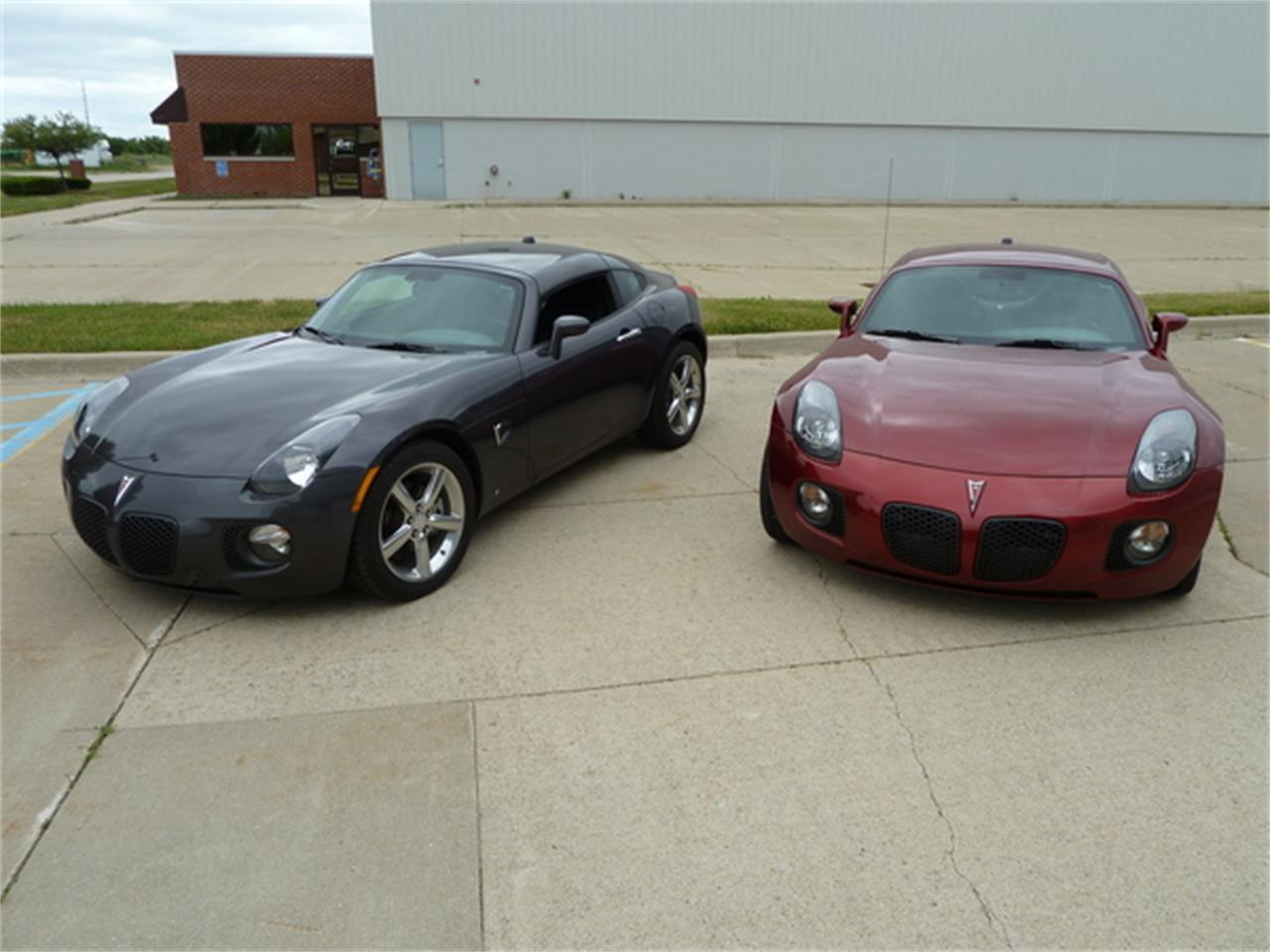 Large Picture of '10 Pontiac Solstice located in Fort Myers/ Macomb, MI Florida - $77,900.00 - JXMD