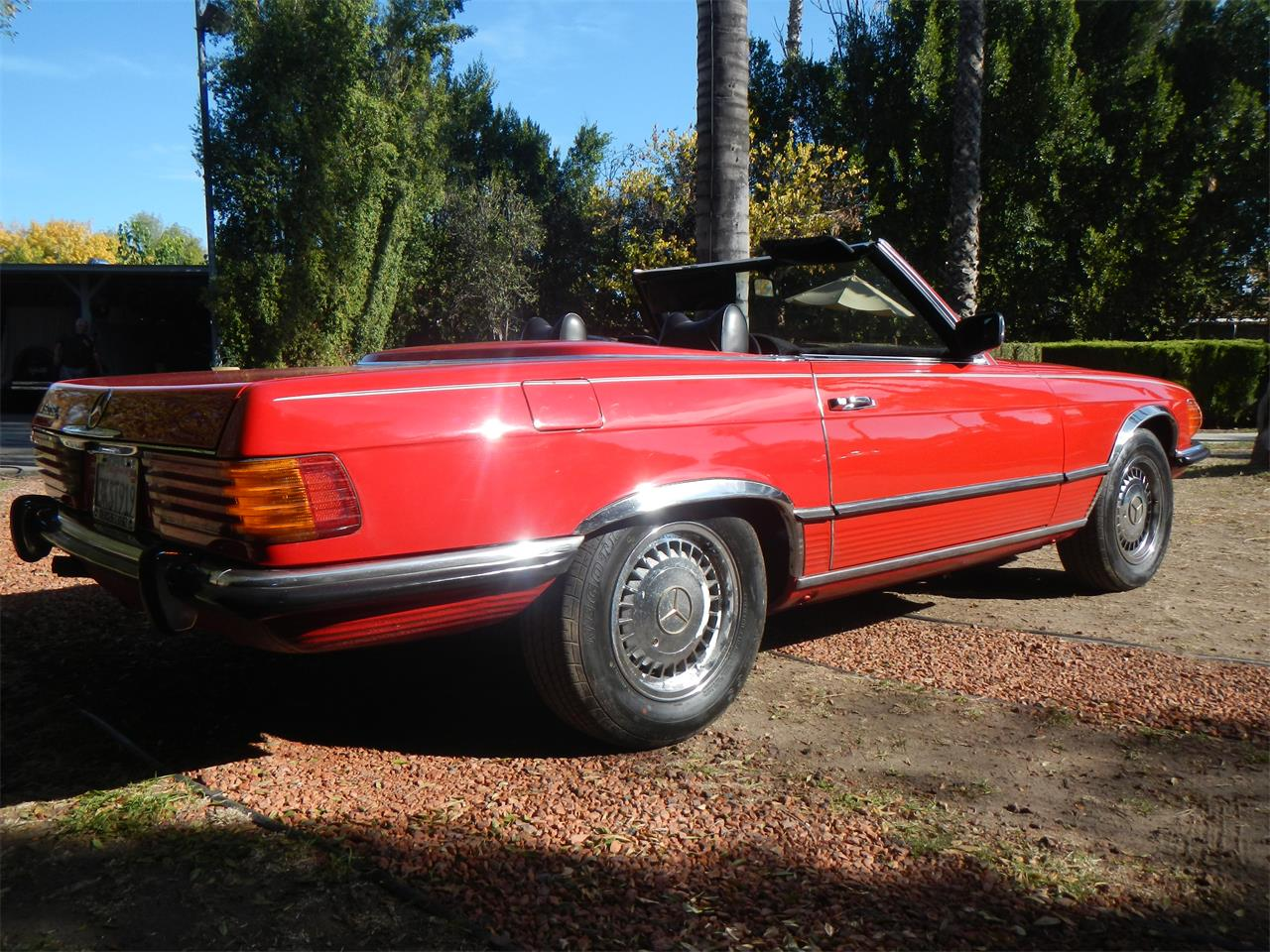 Large Picture of Classic 1972 Mercedes-Benz 350SL located in Woodland Hills California - $14,900.00 - JXVY
