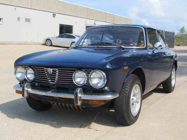 Picture of '74 Alfa Romeo GTV 2000 GTV 2000 - $49,900.00 Offered by Classic Auto Sales - K0Z9