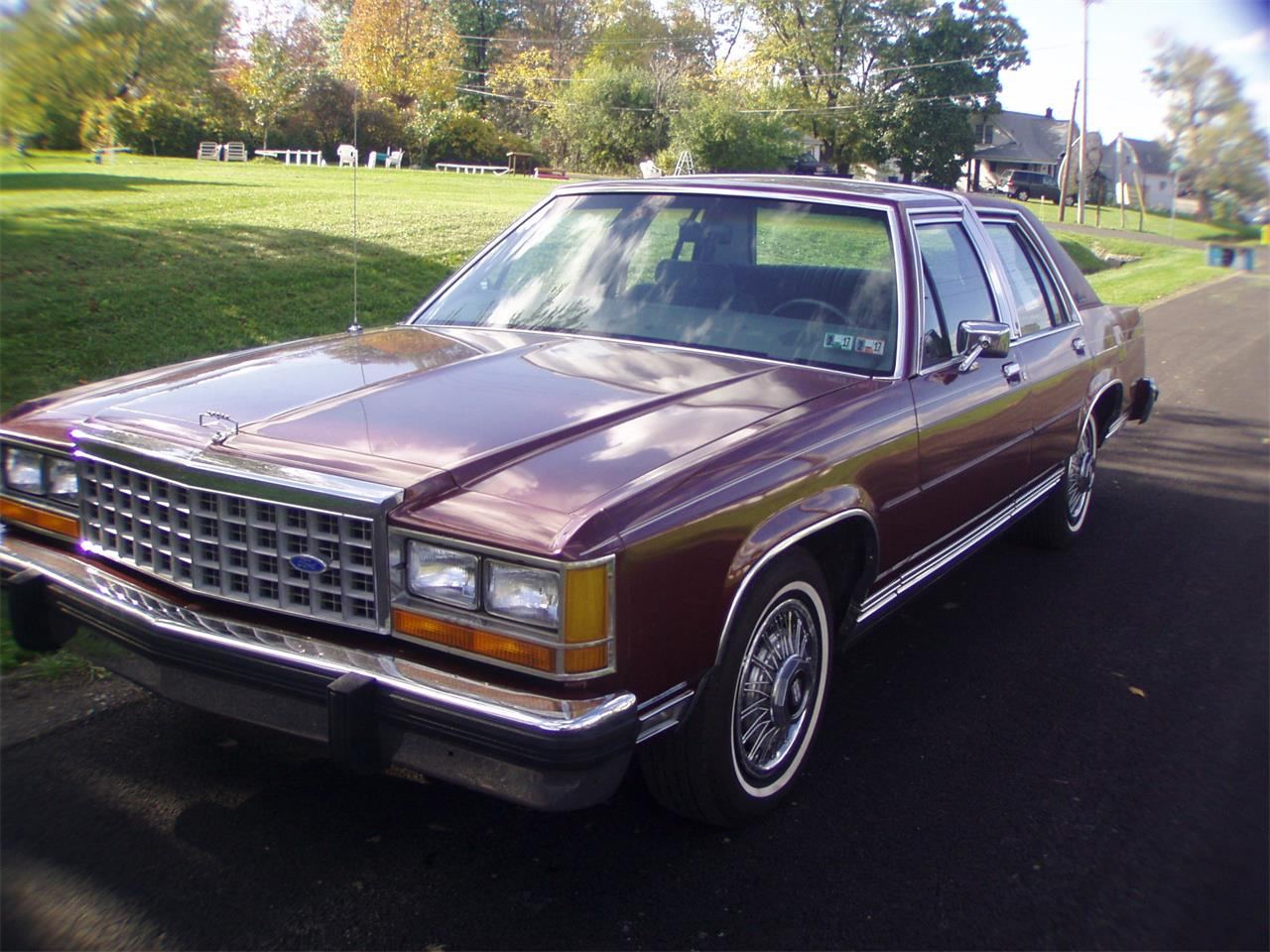 Large Picture of 1986 Ford Crown Victoria Offered by a Private Seller - K12G