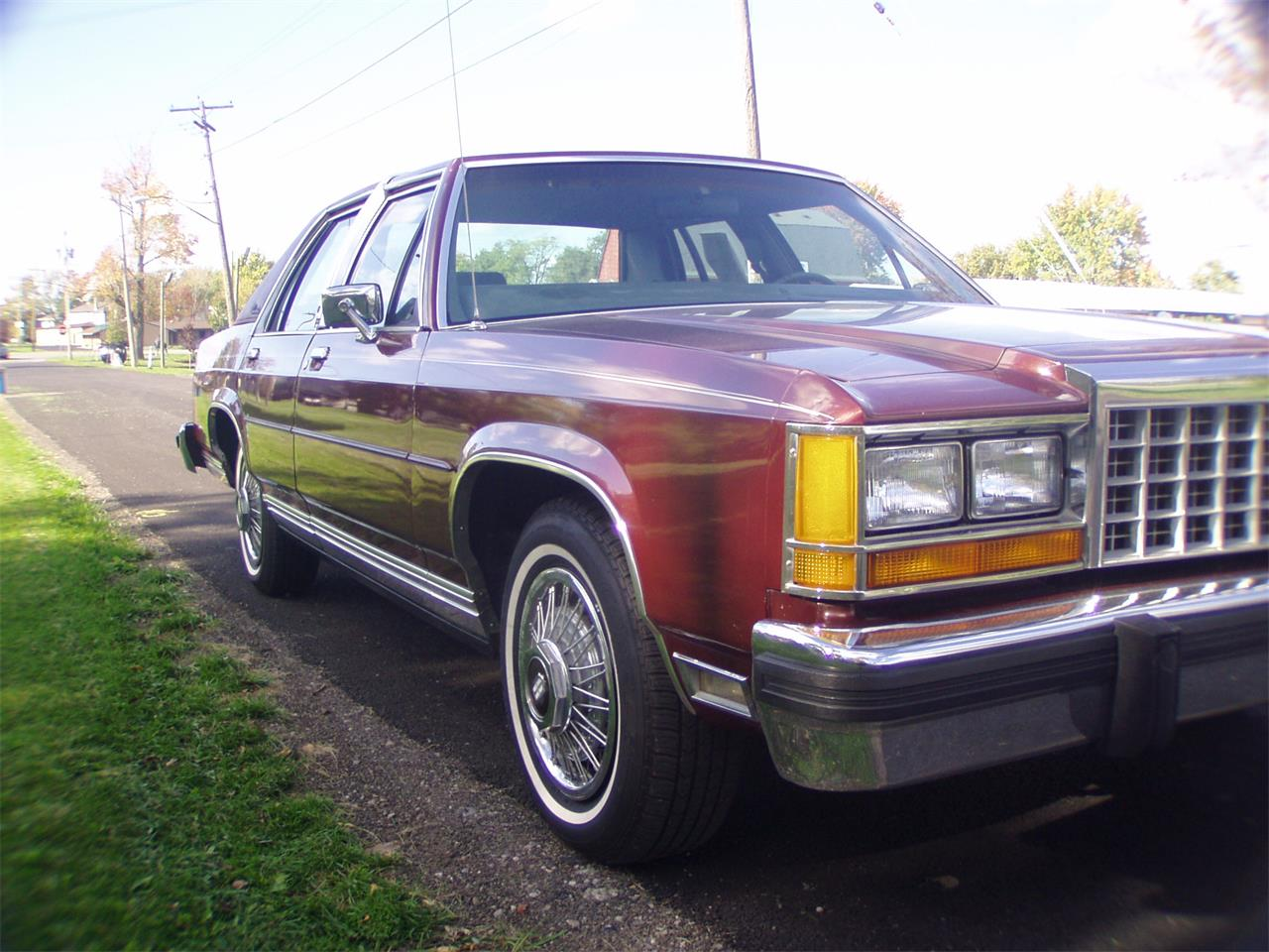 Large Picture of '86 Crown Victoria located in New York - K12G