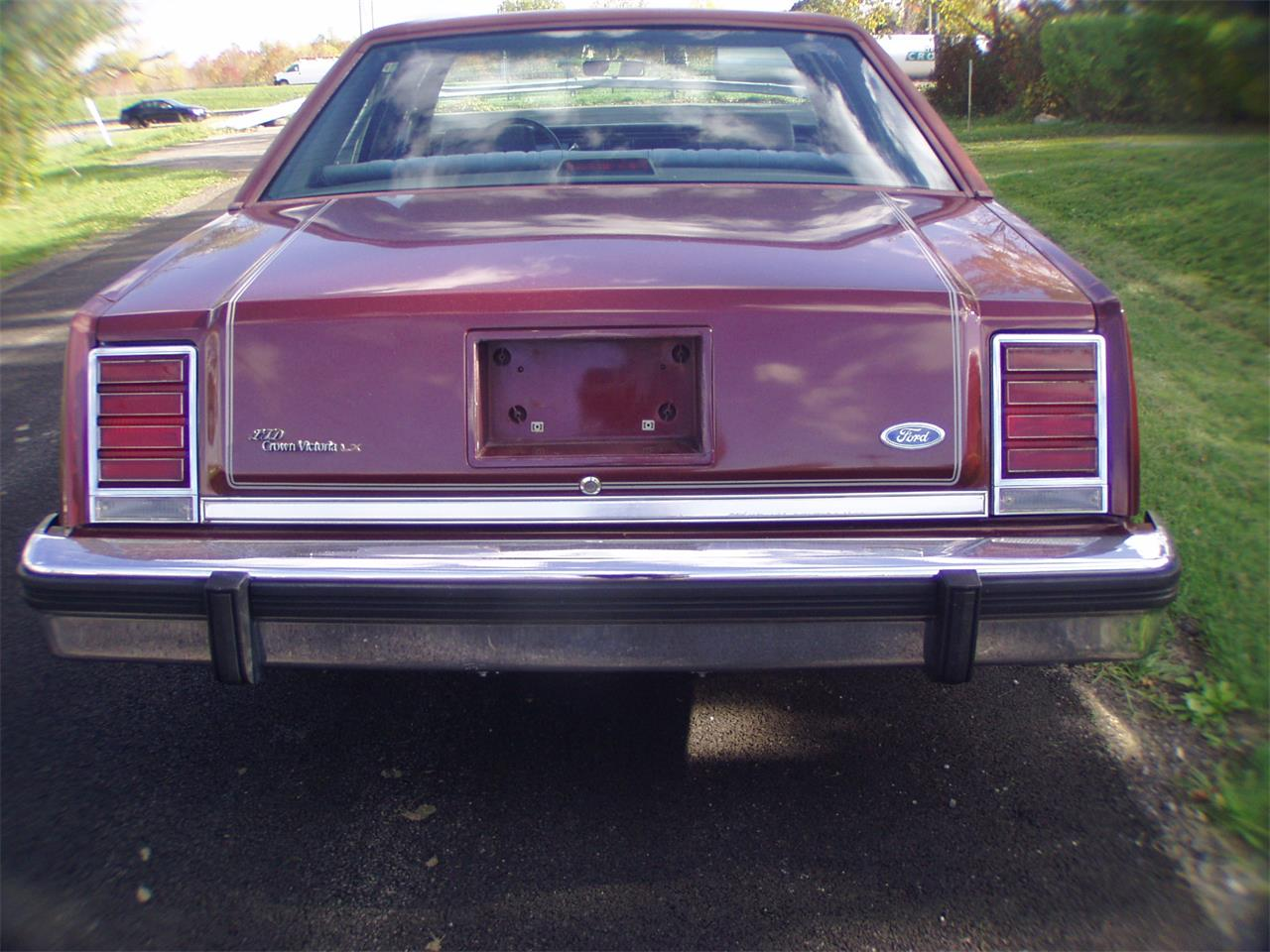 Large Picture of '86 Ford Crown Victoria located in New York Offered by a Private Seller - K12G