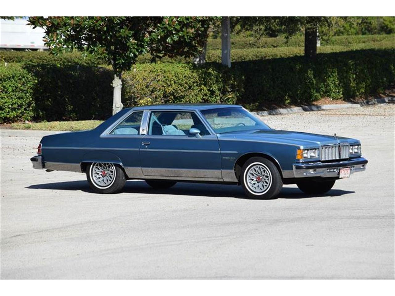 Large Picture of 1978 Pontiac Bonneville located in Orlando Florida - K12V