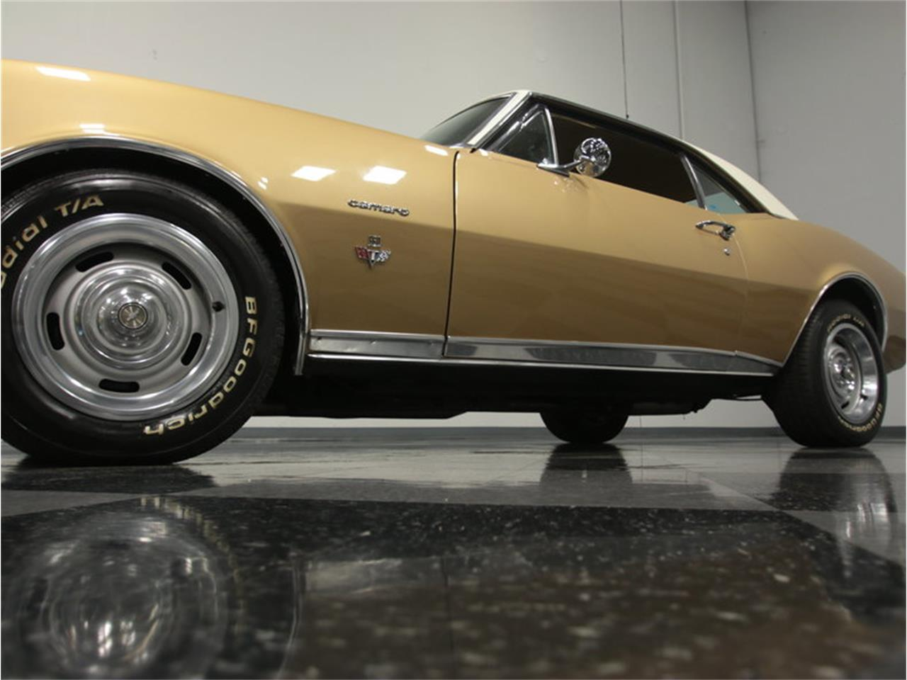Large Picture of '67 Chevrolet Camaro RS located in Lithia Springs Georgia - $31,995.00 - JXYI