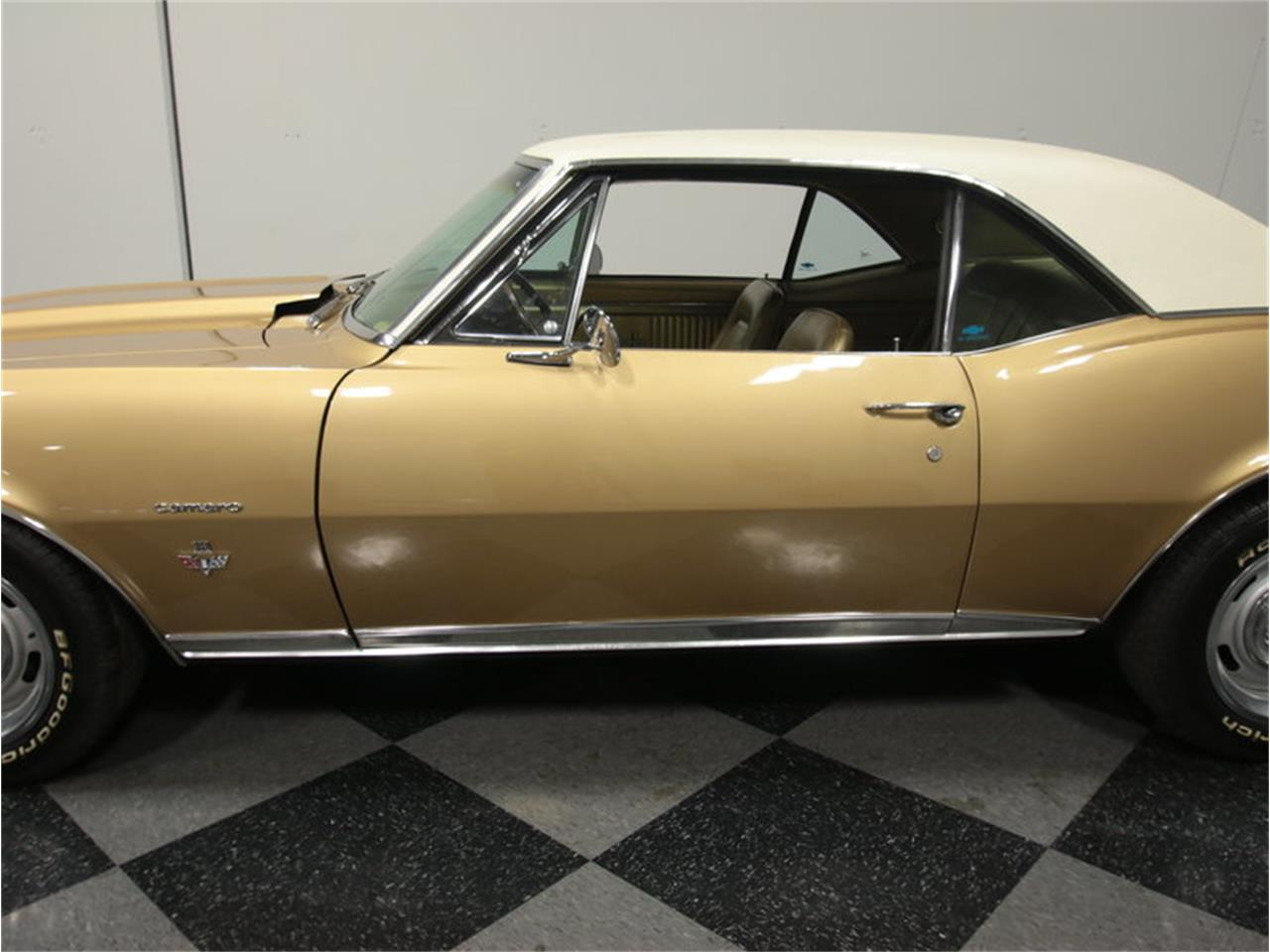 Large Picture of 1967 Chevrolet Camaro RS located in Lithia Springs Georgia Offered by Streetside Classics - Atlanta - JXYI
