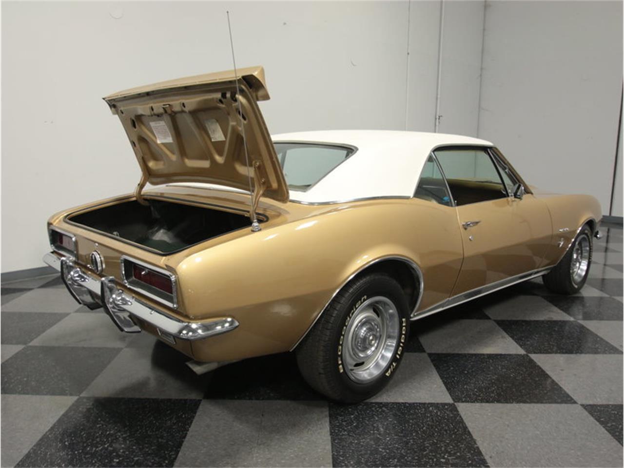 Large Picture of Classic '67 Chevrolet Camaro RS Offered by Streetside Classics - Atlanta - JXYI