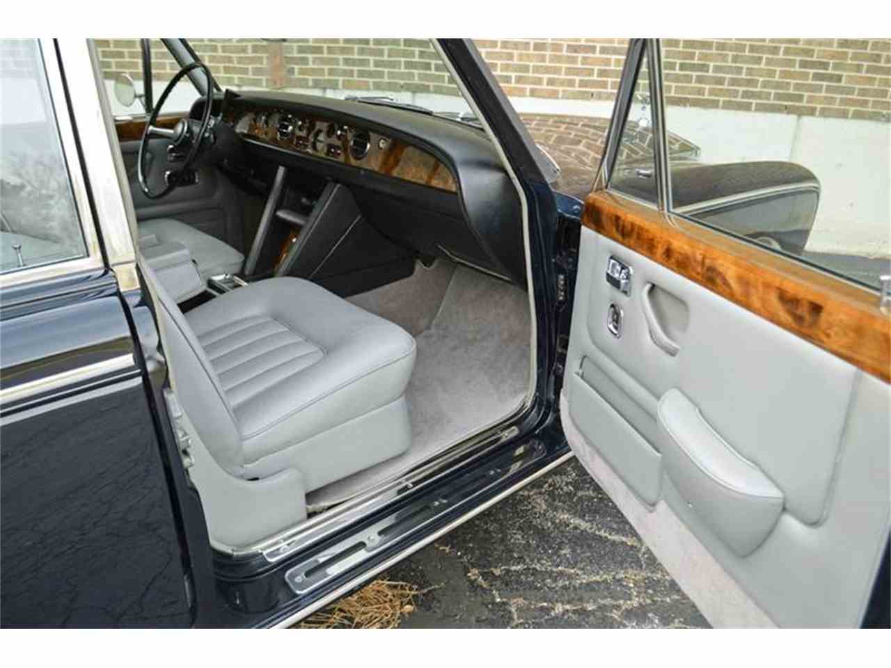Large Picture of '70 Silver Shadow with Division - K2R2