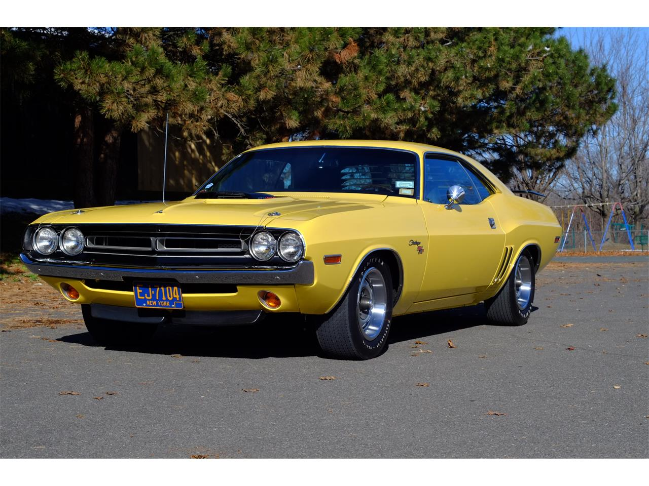 Large Picture of 1971 Challenger R/T 426 Hemi located in Troy New York Offered by Automotion - JY6E