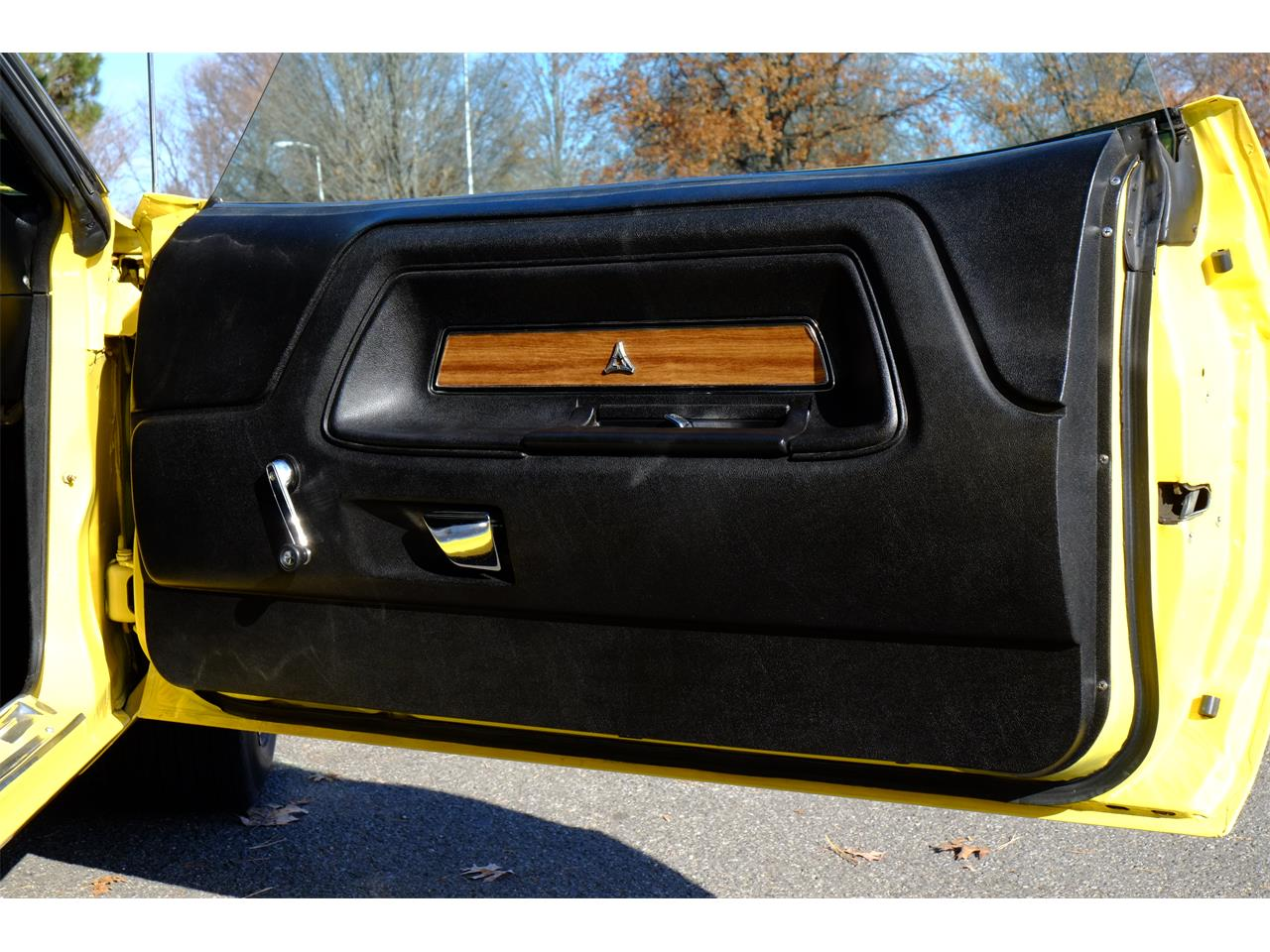Large Picture of Classic 1971 Challenger R/T 426 Hemi located in New York Offered by Automotion - JY6E