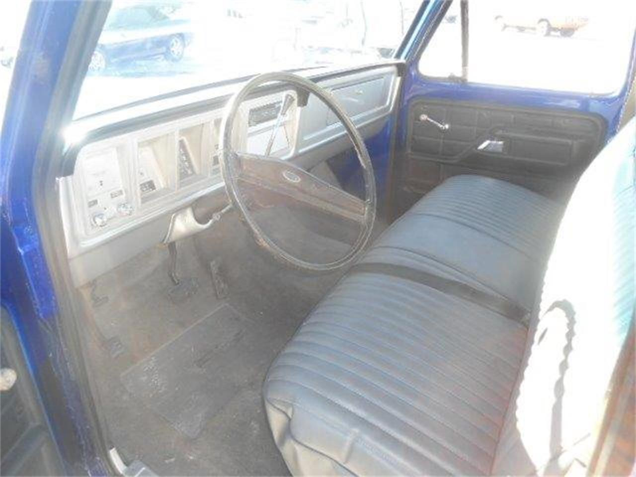 Large Picture of '77 Ford F150 located in Staunton Illinois Offered by Country Classic Cars - K42I