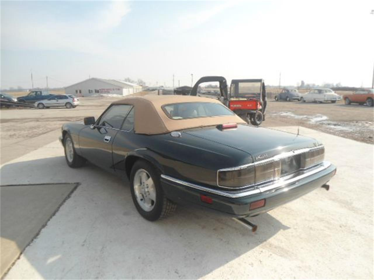 Large Picture of 1995 XJS located in Staunton Illinois Offered by Country Classic Cars - K499