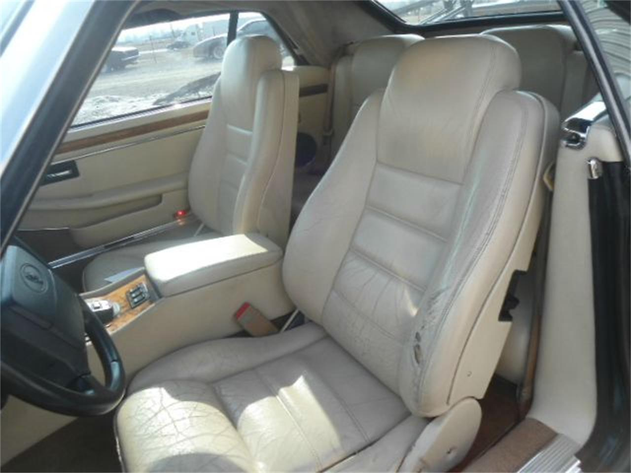 Large Picture of '95 Jaguar XJS located in Staunton Illinois - $8,950.00 - K499