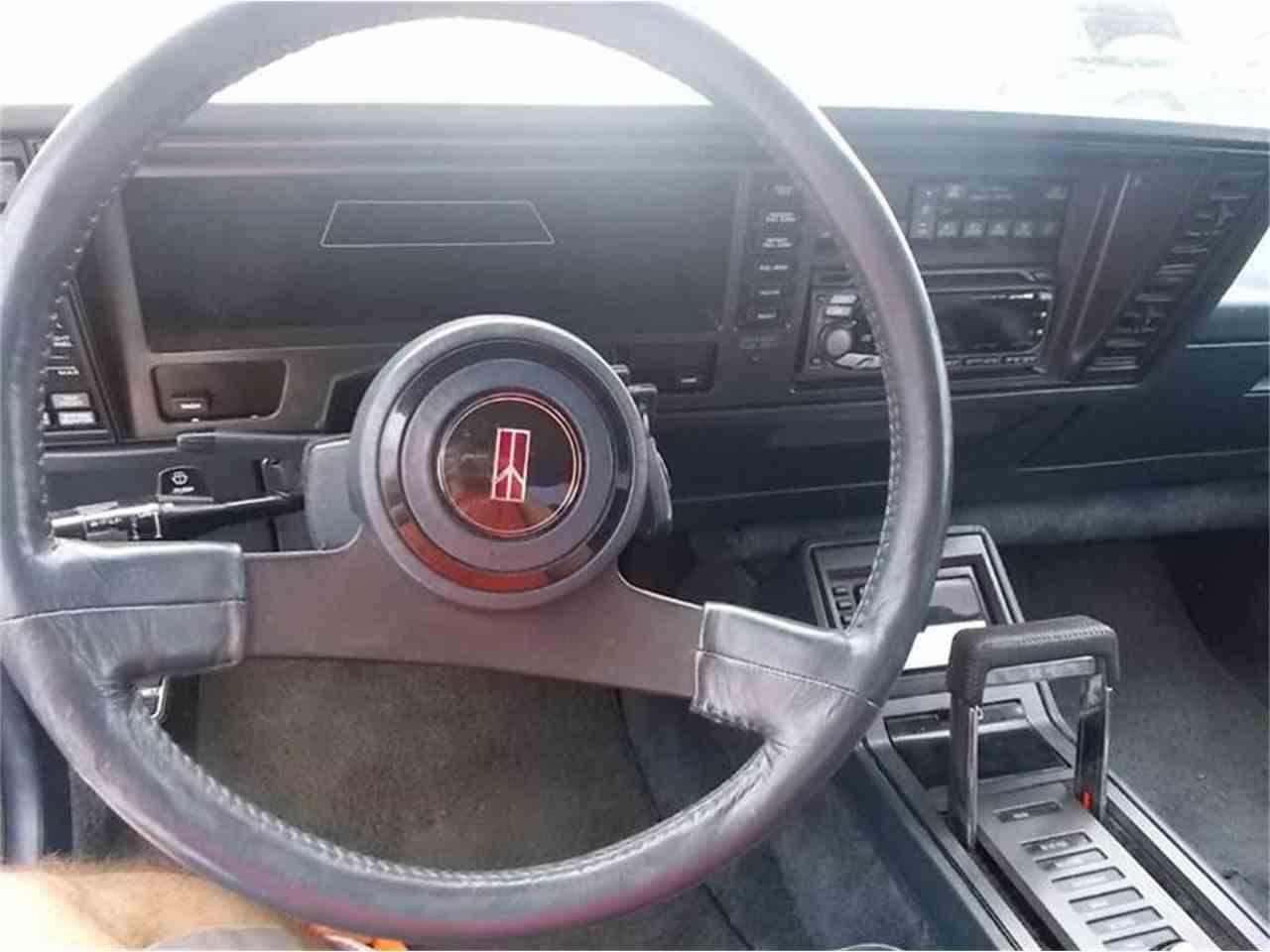 Large Picture of '88 Toronado - K4CJ