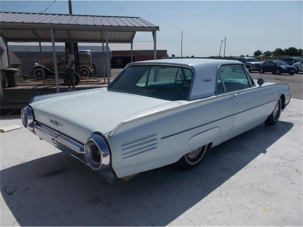 Large Picture of '61 Thunderbird - K4EC
