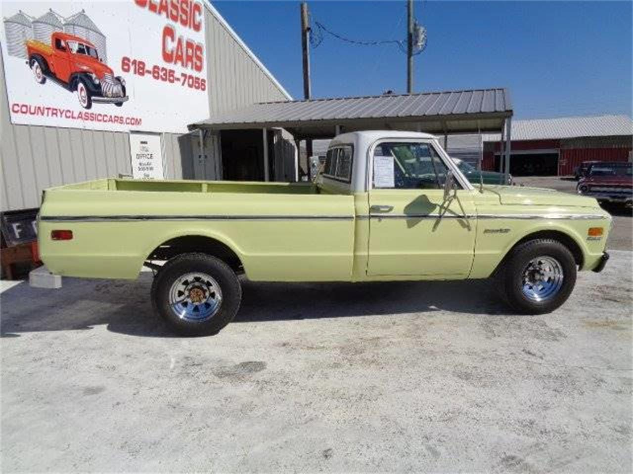 Large Picture of Classic 1971 Chevrolet C/K 20 located in Illinois Offered by Country Classic Cars - K4FP