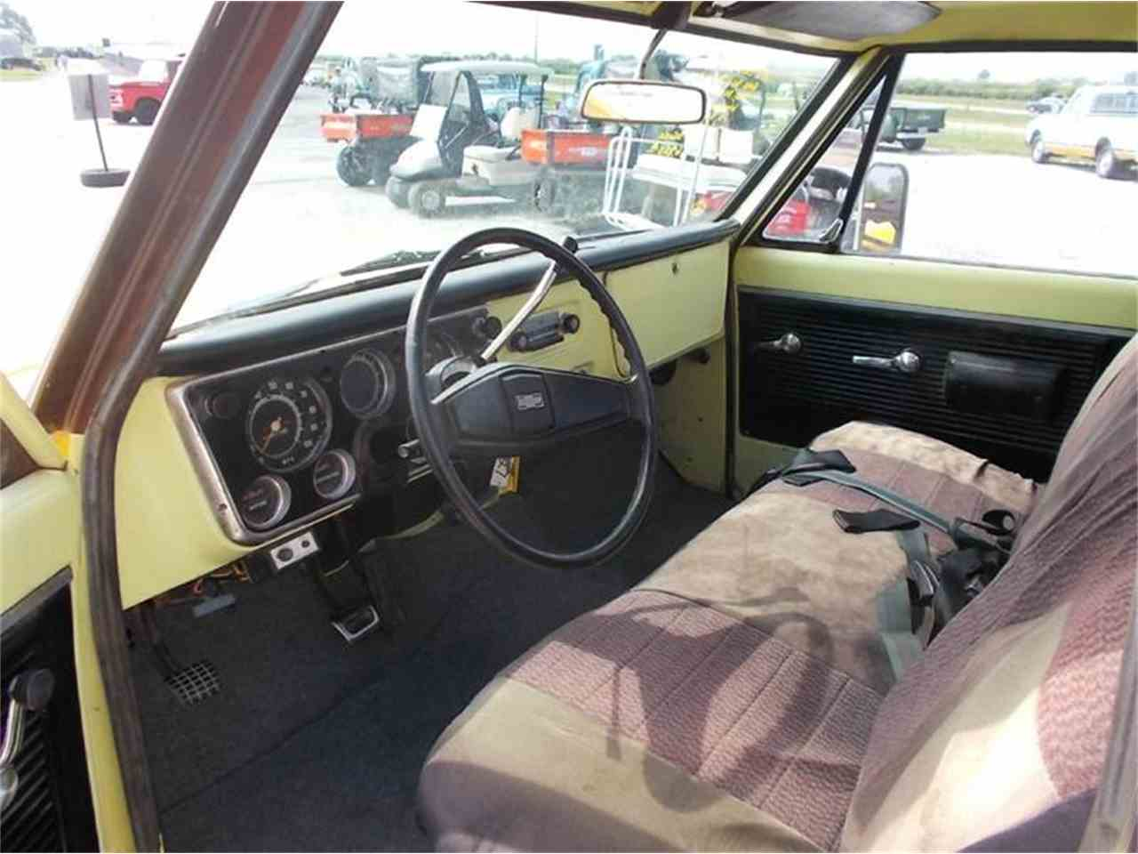 Large Picture of 1971 Chevrolet C/K 20 located in Staunton Illinois - K4FP