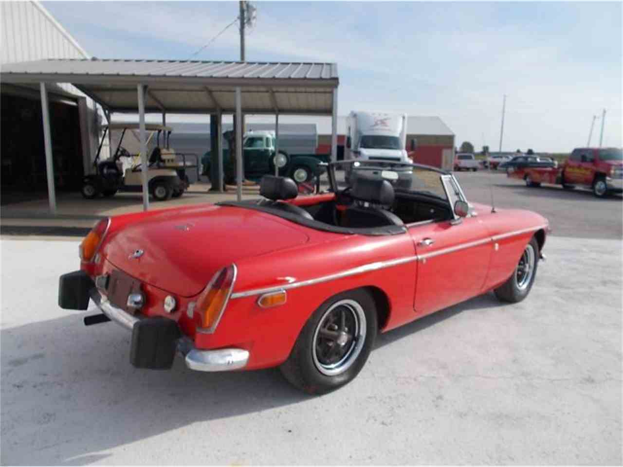 Large Picture of '74 MGB - K4HG