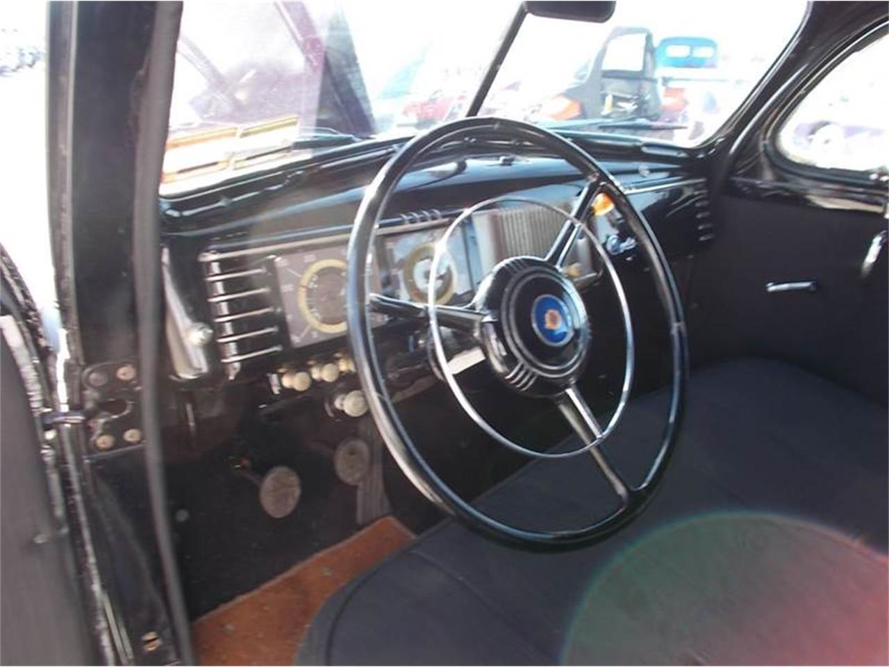 Large Picture of Classic 1939 Chrysler Royal - $16,750.00 Offered by Country Classic Cars - K4J5