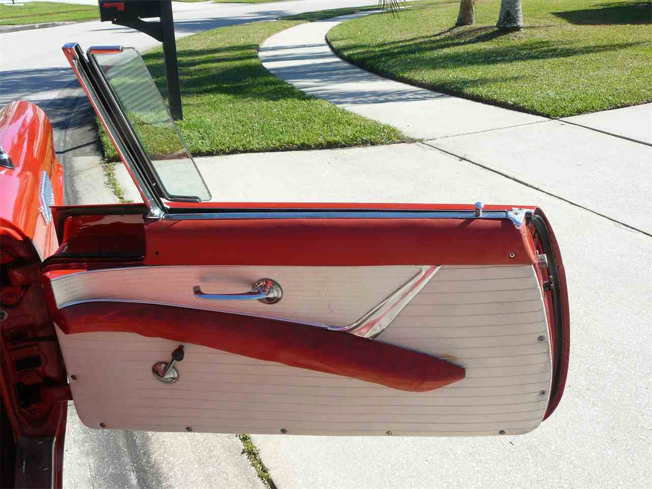 Large Picture of '56 Ford Thunderbird located in Malabar Florida - K4T1