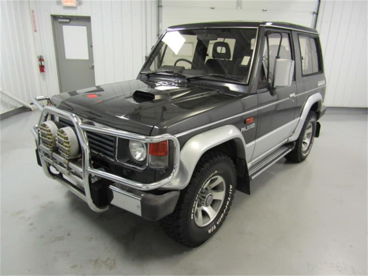 Large Picture of '90 Mitsubishi Pajero located in Virginia Offered by Duncan Imports & Classic Cars - K54B