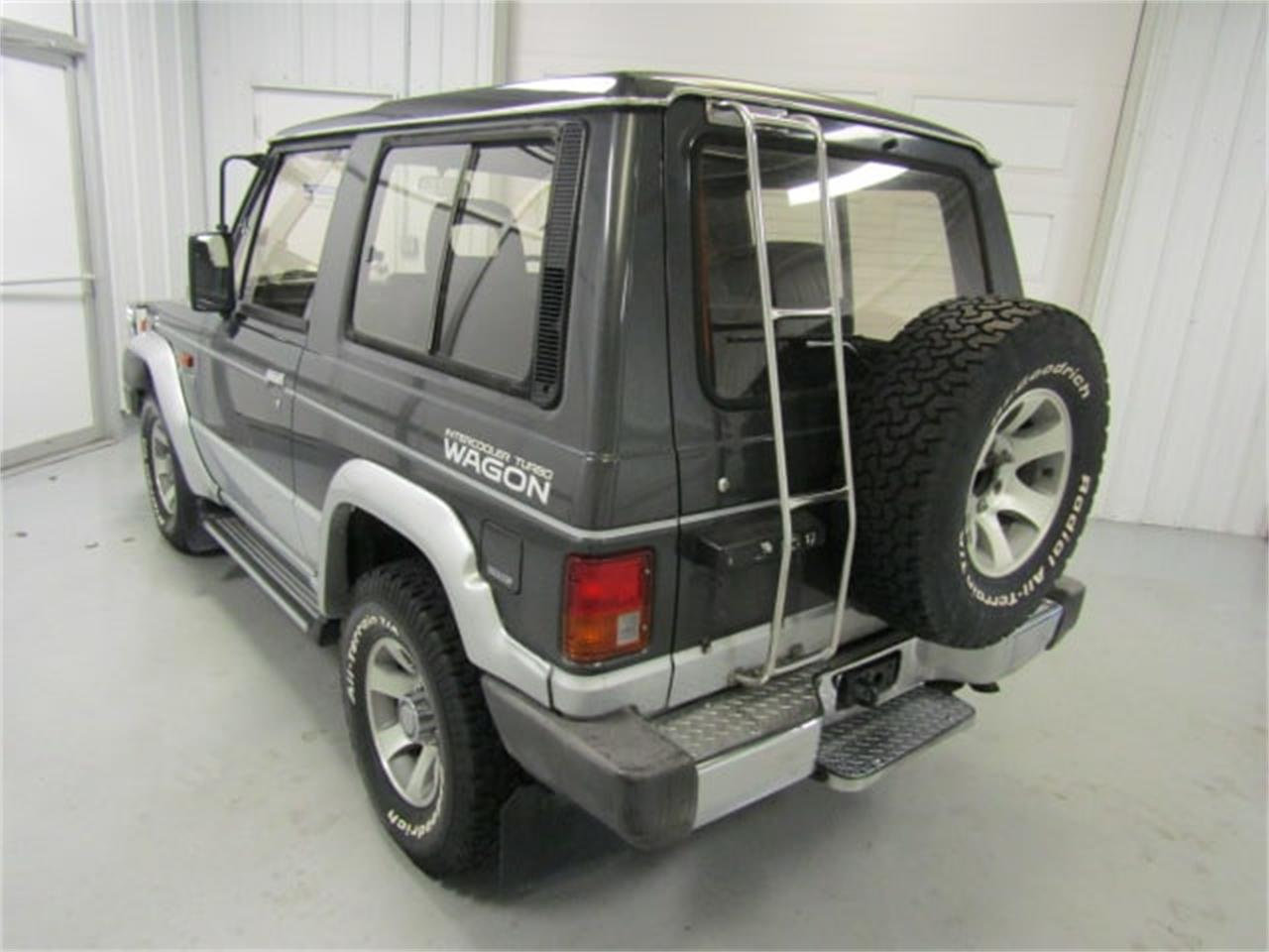 Large Picture of '90 Mitsubishi Pajero located in Christiansburg Virginia Offered by Duncan Imports & Classic Cars - K54B