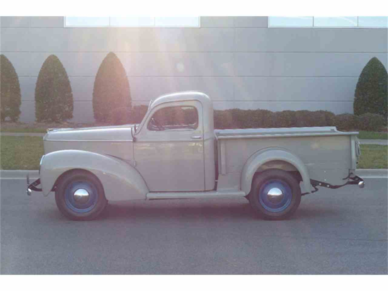 Large Picture of '40 Willys-Overland Jeepster - K7W7