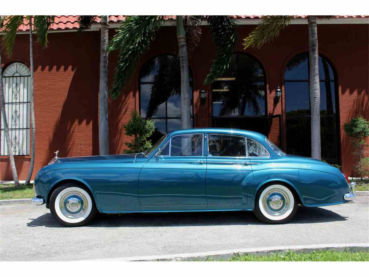 Large Picture of '64 Silver Cloud III - K8GX