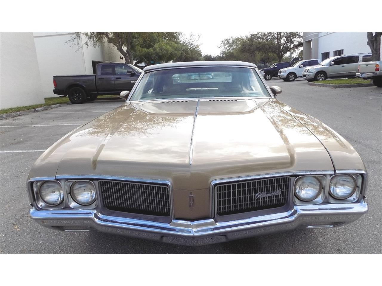 Large Picture of Classic 1970 Cutlass Supreme - $20,500.00 - K8LC