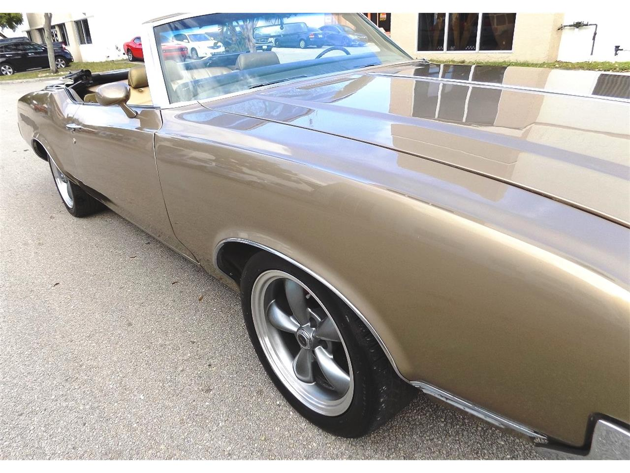 Large Picture of Classic 1970 Oldsmobile Cutlass Supreme - $20,500.00 Offered by Cool Cars - K8LC