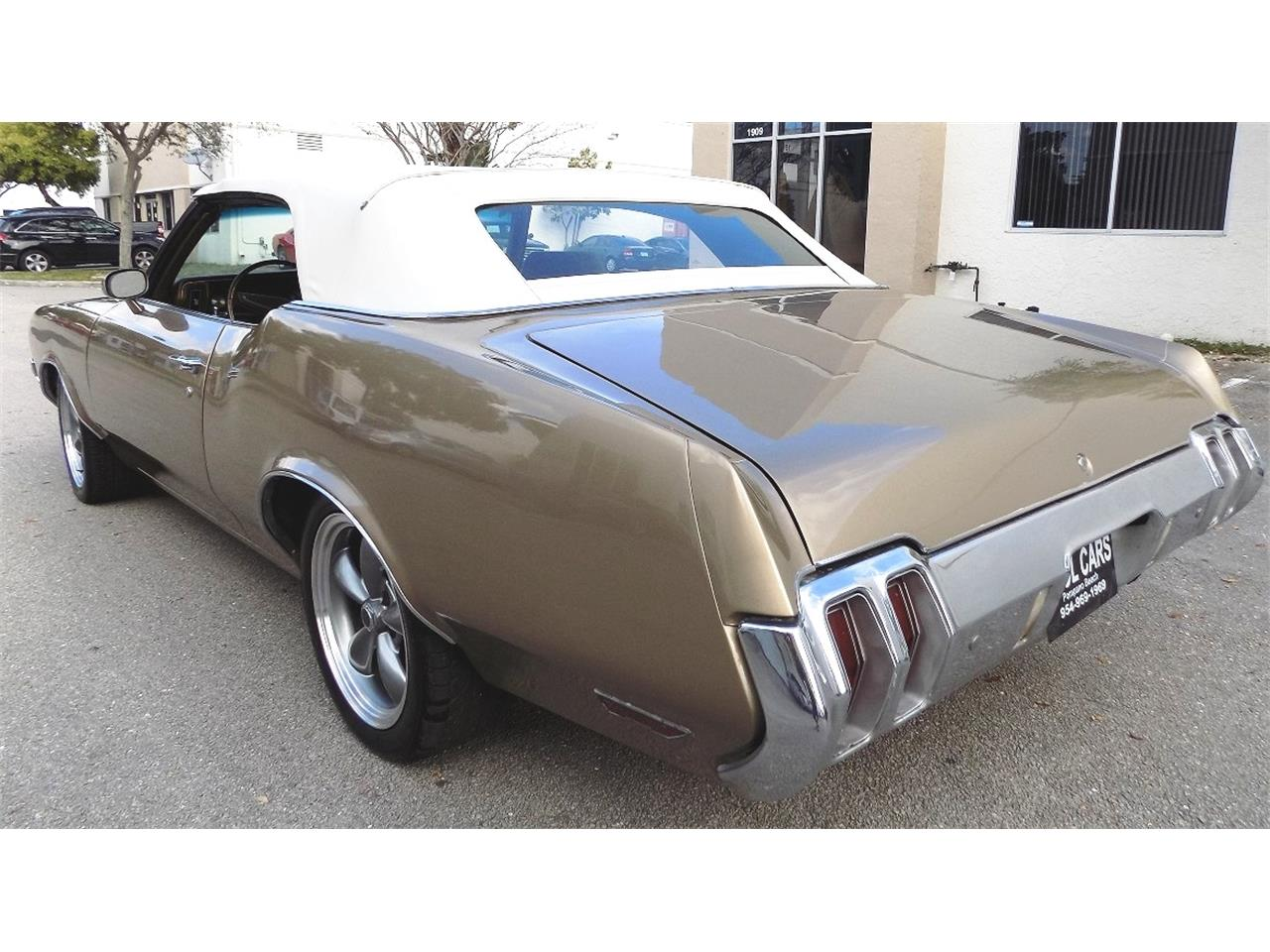 Large Picture of Classic '70 Cutlass Supreme located in Florida - K8LC