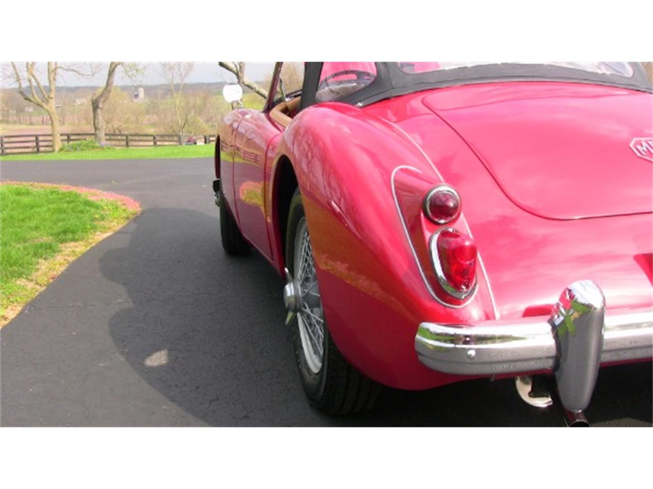 Large Picture of '59 MGA - K945