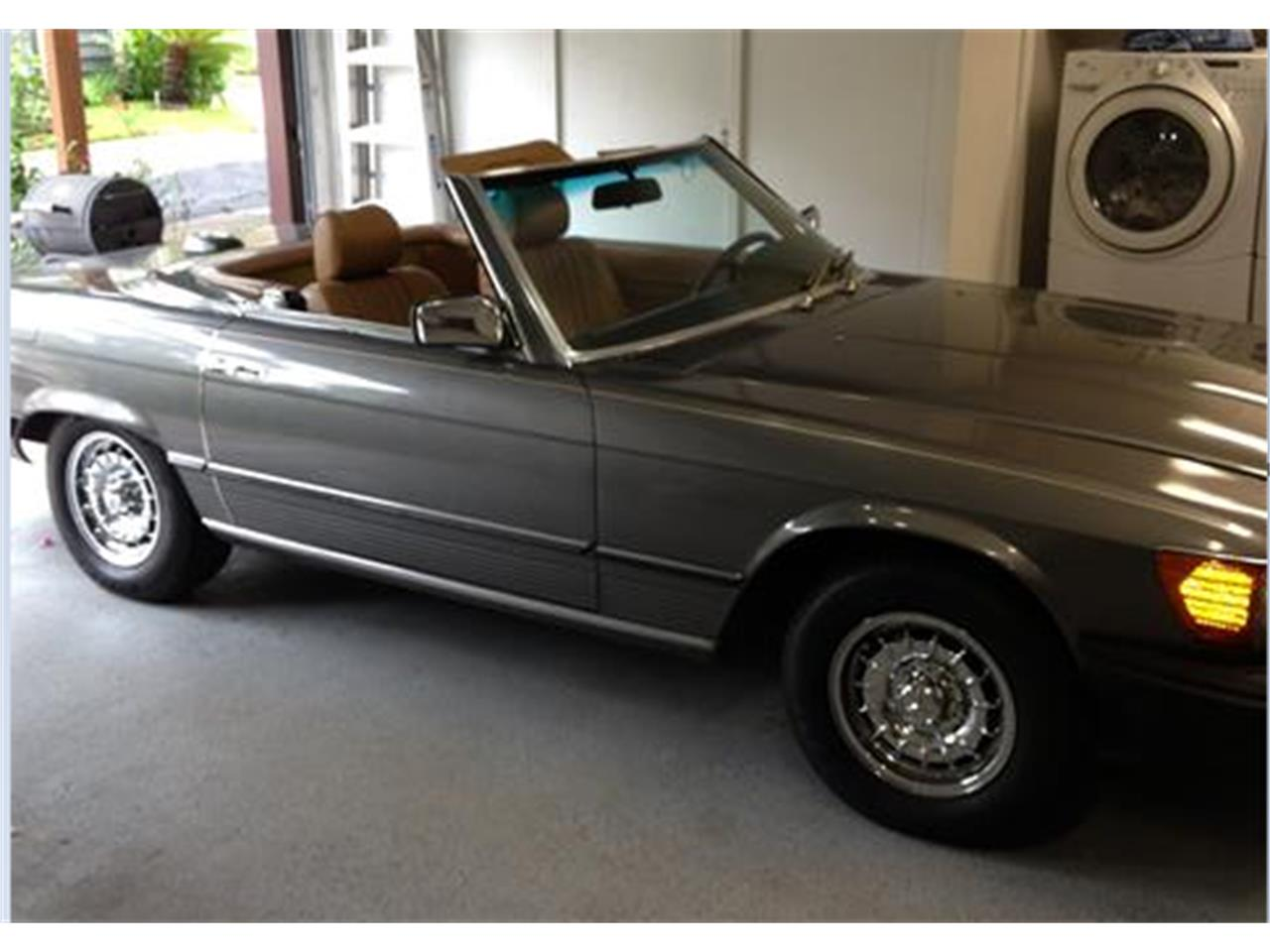 Large Picture of '83 380SL located in Bellaire Texas - $8,900.00 Offered by a Private Seller - K954