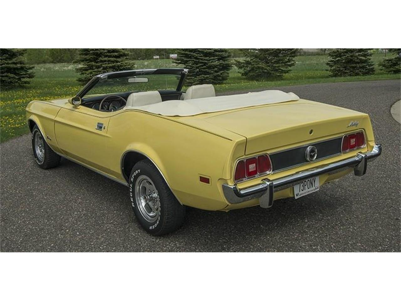 Large Picture of '73 Mustang - $19,950.00 Offered by Ellingson Motorcars - K5R9