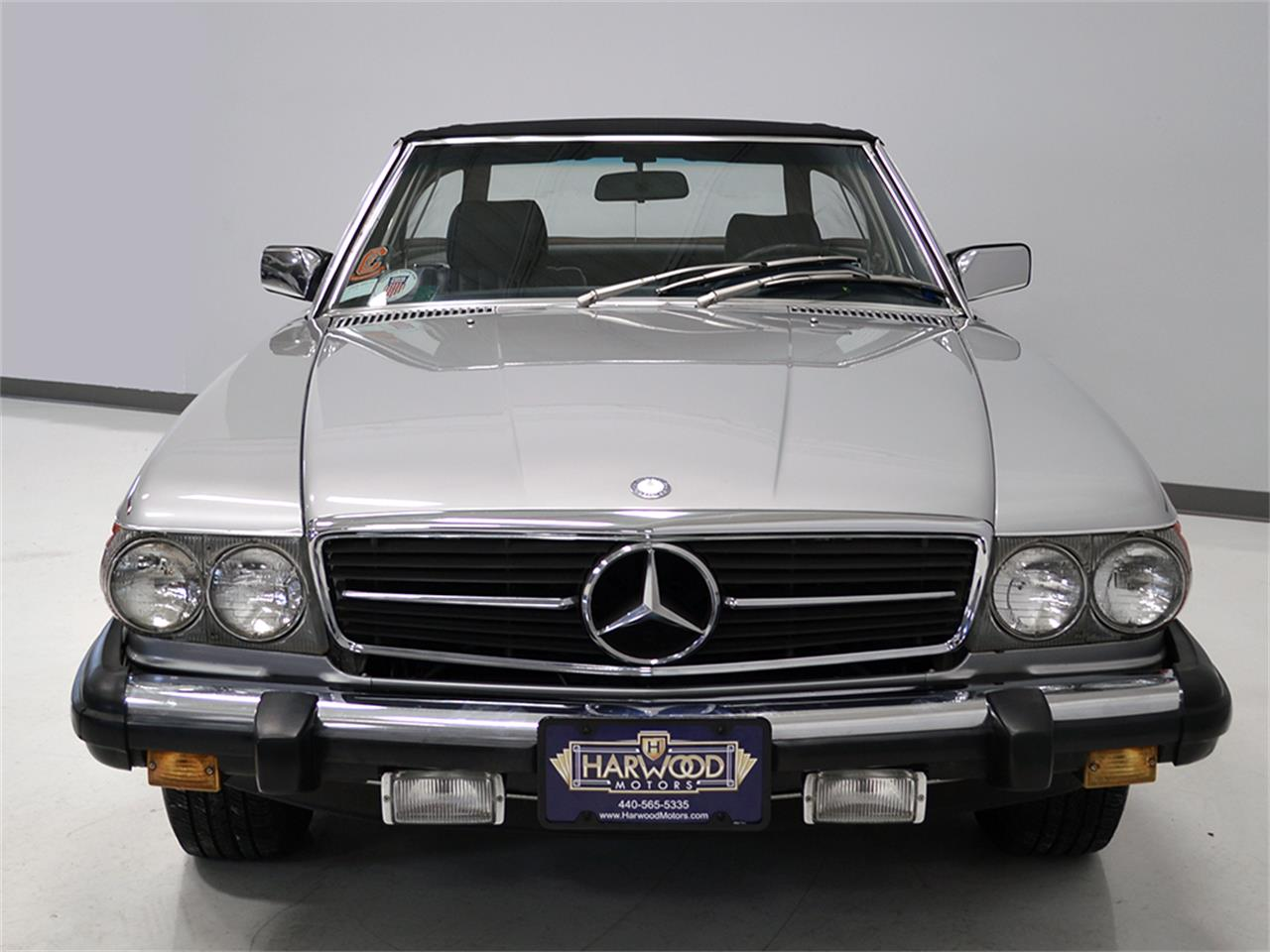 Large Picture of 1984 Mercedes-Benz 380SL located in Macedonia Ohio - $17,900.00 Offered by Harwood Motors, LTD. - KA2F