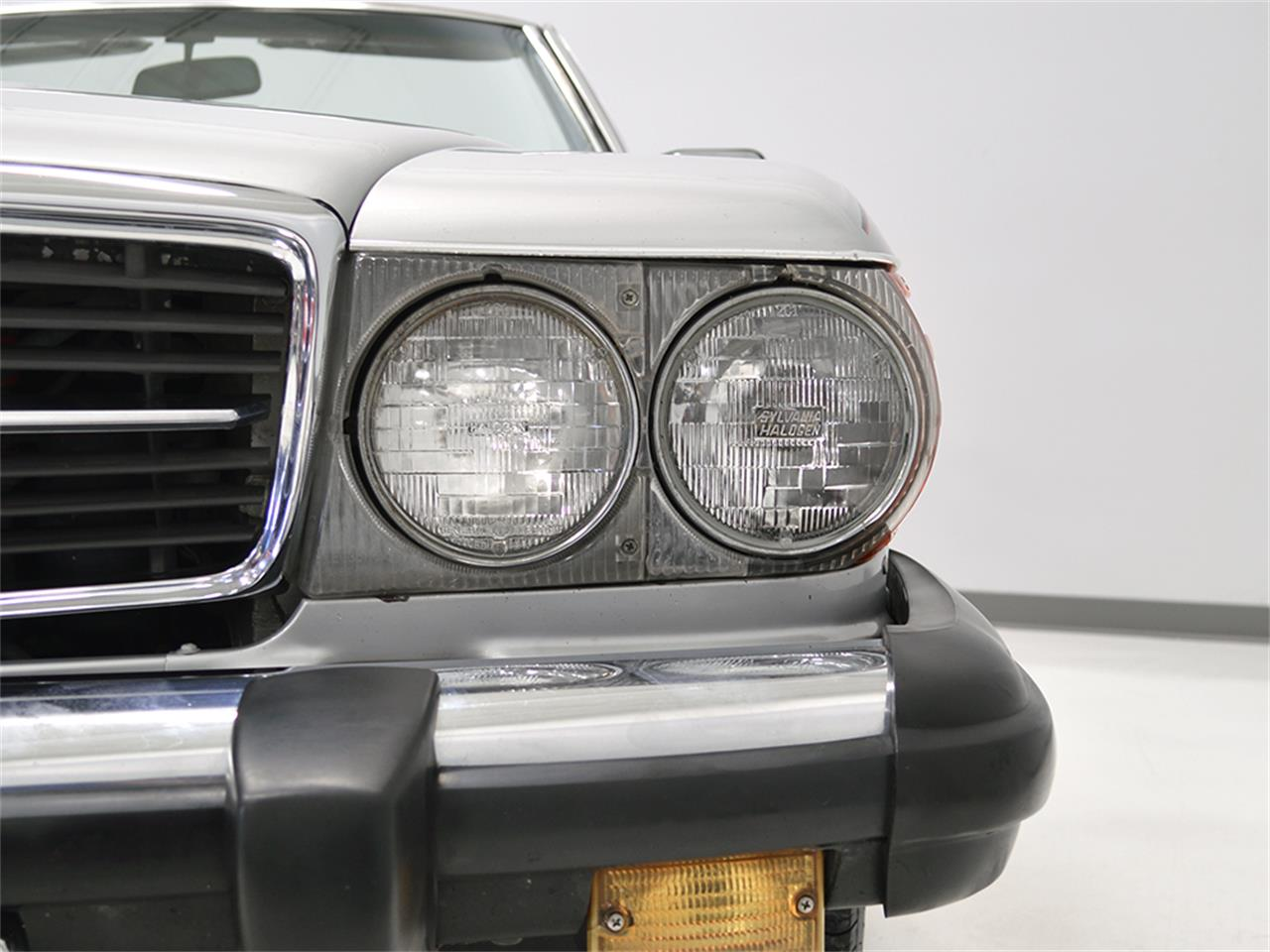 Large Picture of 1984 380SL located in Macedonia Ohio Offered by Harwood Motors, LTD. - KA2F