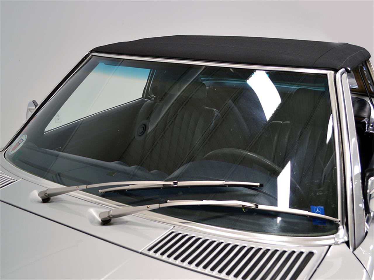 Large Picture of '84 380SL Offered by Harwood Motors, LTD. - KA2F
