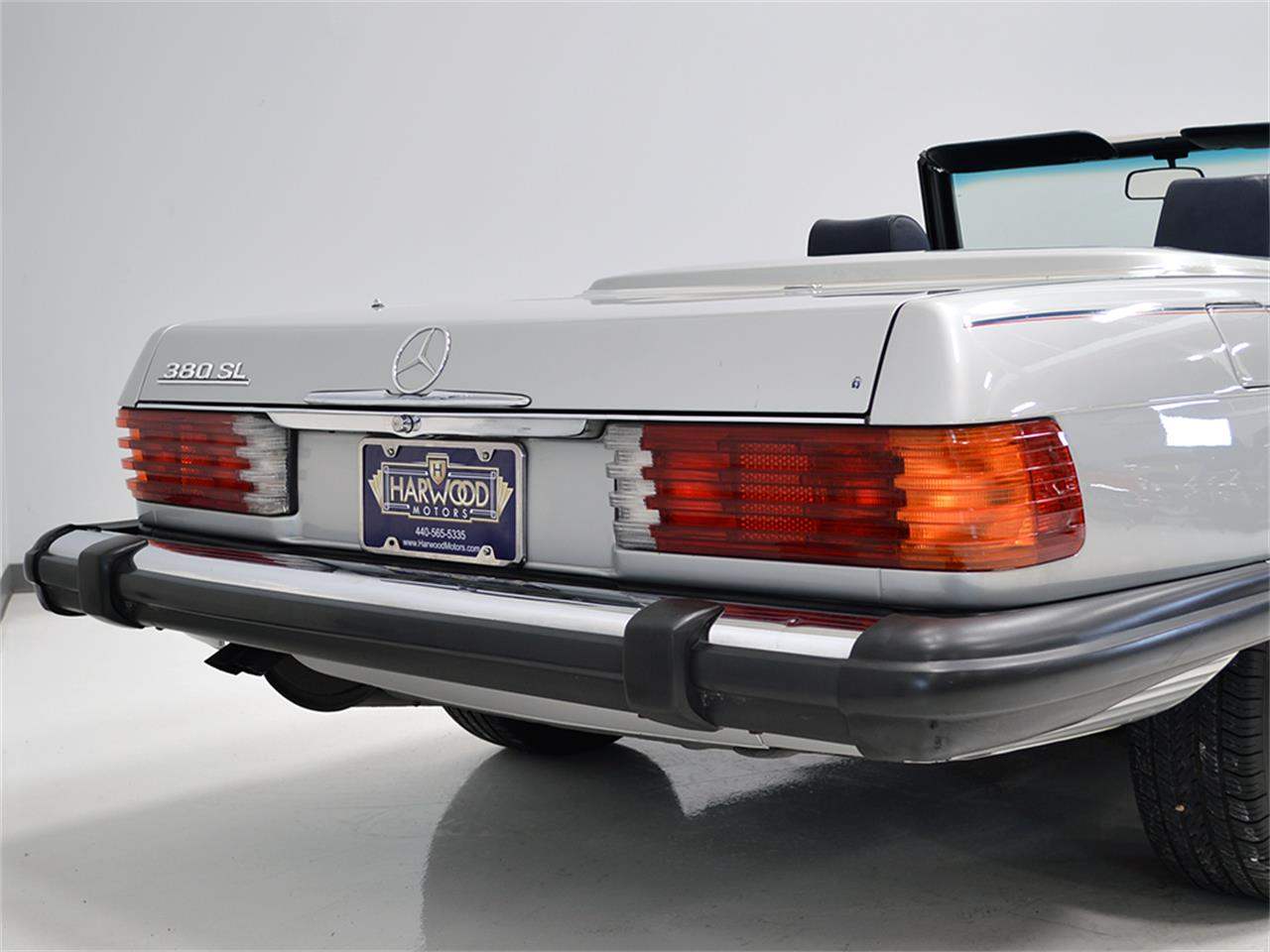 Large Picture of '84 Mercedes-Benz 380SL located in Ohio - KA2F