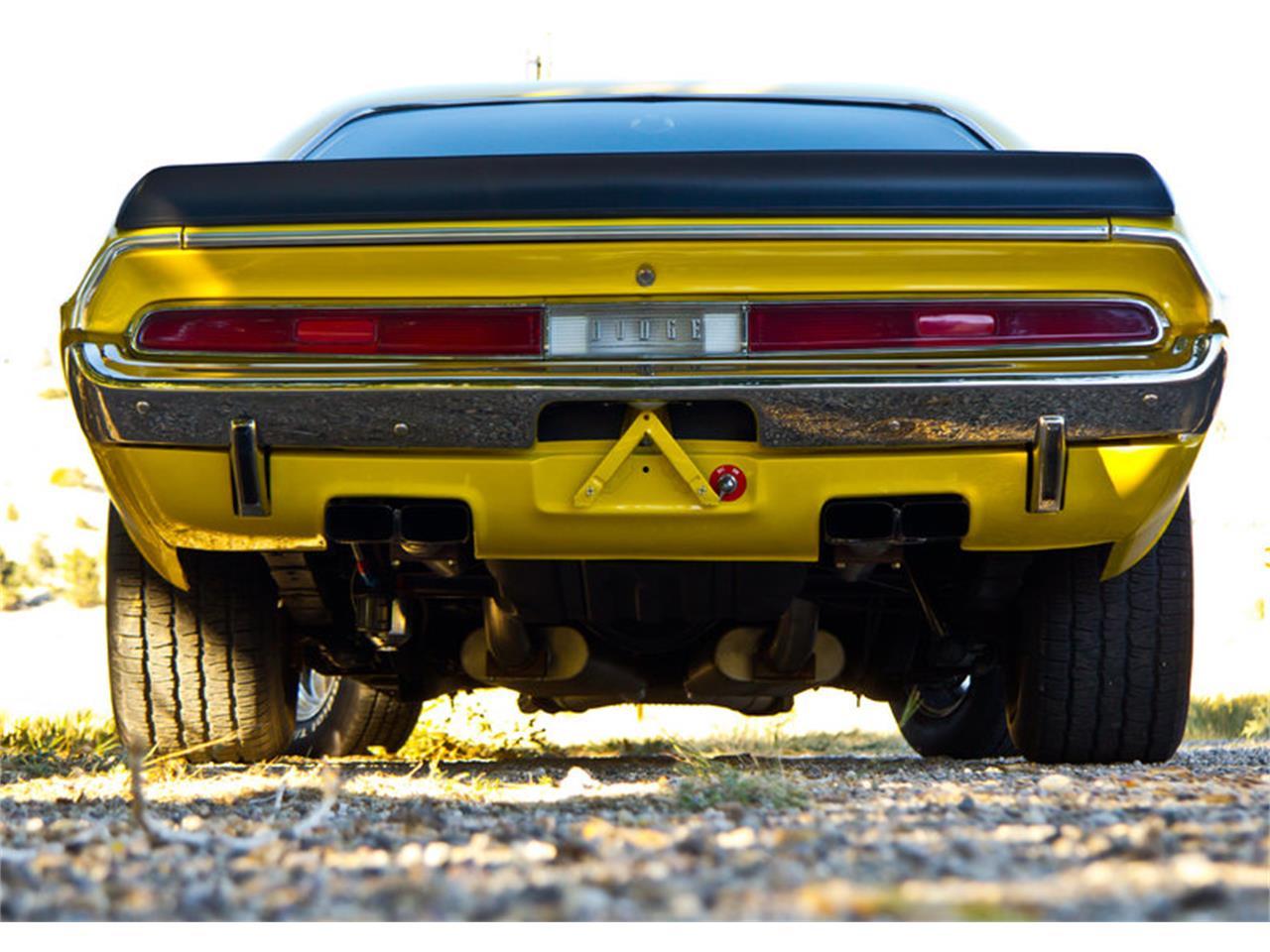 Large Picture of '70 Challenger - KA4V