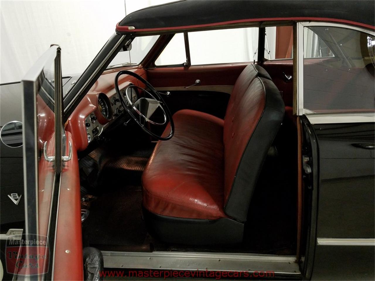 Large Picture of Classic 1951 Ford Convertible located in Whiteland Indiana - $39,900.00 - KAMX
