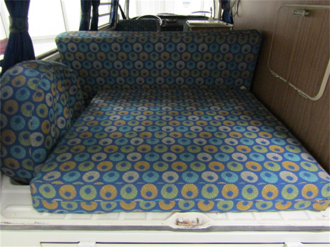 Large Picture of 1971 Volkswagen Bus - KARD